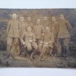 Gruppenfoto der 11.Kompagnie, Res.-Inf.-Reg. 65, K. Eckenbach rechts sitzend,  21.6.1918
