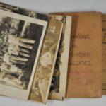 Pocztówki z frontu, książeczka strzelecka oraz książeczka żołdu