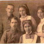 Erinnerungen eines Sanitäters in Tagebuchauszügen und Zeitungsausschnitten