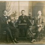 Jan Matysiak, pierwszy z prawej strony