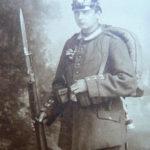 Mein Stiefgroßvater Paul Bergmann mit seinem abgeschossenen Finger 1915