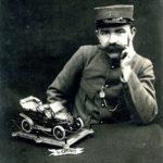 FRBMLI_025 Cartes postales et plumier de Jules Sartiaux ; histoire d'Emile Gheerardyn